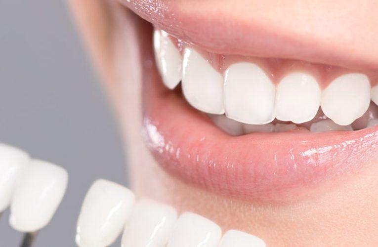 [新聞]植牙首重安全!術中藍光即時導航輔助,幫助患者安全航向目的地